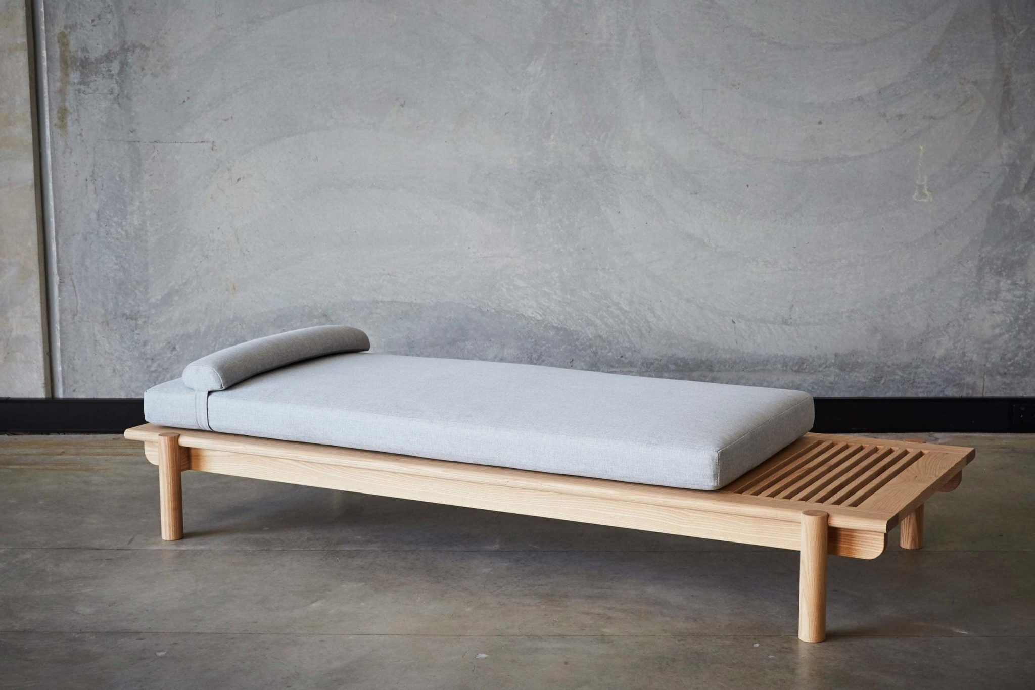 Daybed Bench Style Coffee Tables Ideas